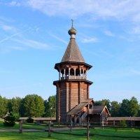 КолокольняПокровской церкви (Невский лесопарк) :: Валерий Новиков
