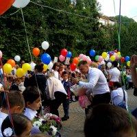 День знаний в 9 школе города Сочи :: Антонина Владимировна Завальнюк
