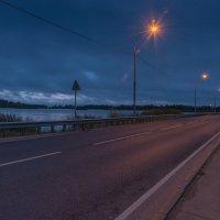 Утреннее шоссе. :: Виктор Евстратов