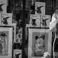Лондон. Витрины магазинчиков в Ноттинг хилл :: Sofia Rakitskaia