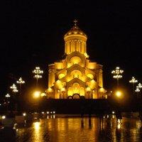 Tbilisi - Sameba - Trinity church :: Beso