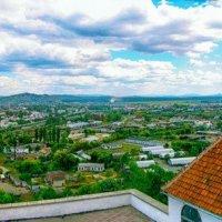 Август ушедшего лета, Закарпатье,- вид на Мукачево с донжона замка Полонок. :: Вахтанг Хантадзе