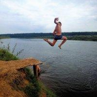 Прыжок в Мологу реку 3... :: Sergey Gordoff