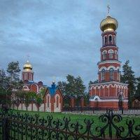 Храм в Елатьме :: Валерий Гудков