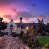 церковь на закате :: Elena Wymann