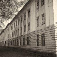 Старые казармы :: Станислав Князев