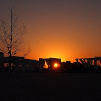 The Box - пляж эмоций. Там солнце утром просыпалось так... :: Александр Резуненко