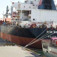 Кораблям тоже нужен отдых.... :: Носов Юрий