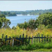 Озеро за забором. :: Роланд Дубровский