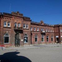 Таганрог. Старый ж/д вокзал :: Нина Бутко
