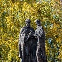 Памятник Петру и Февронии в Иркутске :: Владимир Гришин