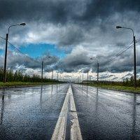 Питер Николаевский проезд после дождя :: Юрий Плеханов