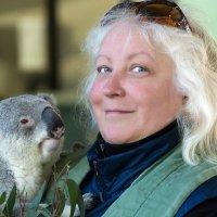 Обнимаюсь с мишкой-коала, такой он мииииилый:) :: Tatiana Belyatskaya