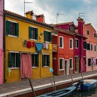 Обычная улица необычного острова... :: Виктор Льготин