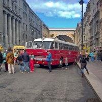 Старые автобусы и троллейбусы :: Сергей