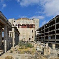 Недостроенная Крымская АЭС в Щелкино :: Игорь Кузьмин