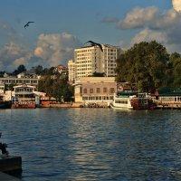 Утро в Артиллерийской бухте Севастополь :: Виктор Мороз