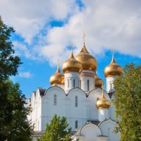 Успенский собор в Ярославле :: Lika Shakhmatova
