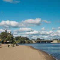 Пляж осенью :: Виталий