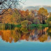 Фантазии милой осени... :: Sergey Gordoff