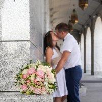 сладкие поцелуи уже мужа и жены :: Екатерина Гриб