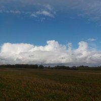 Облака на горизонте :: Ольга