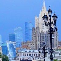 Вид на Москву-сити с Москвы-реки :: Григорий Кучушев