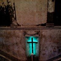 Церковь Святой Анны, после пожара 2002 г. :: Елена *
