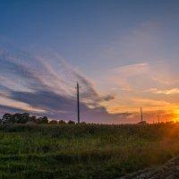 Скатывалось солнце к горизонту :: Александр С.