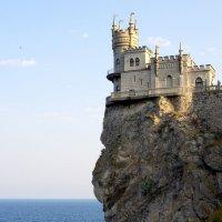«Ласточкино гнездо» :: Валерий Новиков