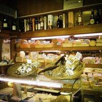 Как много сыра в Париже! :: Tatiana Poliakova
