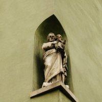 Скульптура угла улицы :: Galina Belugina