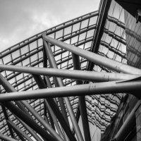 Величие архитектуры и человечек. :: Александр Никитин