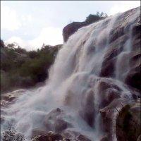 Водяная пыль Алибекского водопада :: Надежда