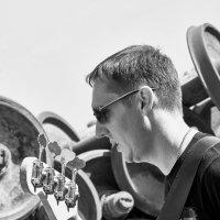 the bass :: Vitaliy Dankov