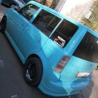 Голубой Scion xB :: Дмитрий Никитин