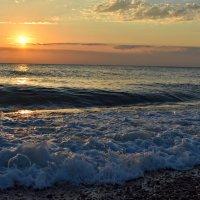 можно каждый день смотреть на море и каждый раз оно будет совершенно разным :: ...Настя ...