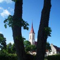 Kretinga. Catolic church (1617), oldest in Žemaitija. :: silvestras gaiziunas gaiziunas