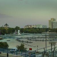 Останкинский пруд :: Александр Бабаев