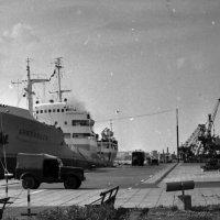 1972-й. У причала Рижского морского пассажирского вокзала. :: Иволий Щёголев