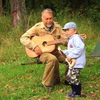 соло на гитаре :: Владимир Акилбаев