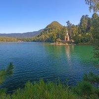 Озеро Изумрудное :: Анатолий Иргл