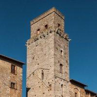 Сан-Джаминьяно. Башня Торре-дель-Дьяволо (Torre del Diavolo) :: Надежда Лаптева