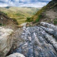 Суровый мир гор :: Елена Данько