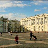 На Дворцовой площаде :: Galina Belugina