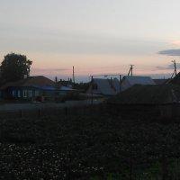 Тёмное время суток...в жизни людей :: Владимир Ростовский