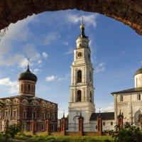 Необычный вид на Волоколамский кремль. Версия 2 :: jenia77 Миронюк Женя