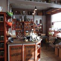 В чайно-кофейном кафе-2 :: Natalia Harries