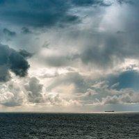 На просторах Атлантики :: Алексей Дубровин
