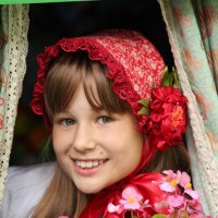 красная шапочка :: Александра